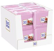 Ritter Sport Tafelschokolade Erdbeer Joghurt Erdbeer Magermilchjoghurt Creme (42 %), Reisflakes (1,1 %), Erdbeerstückchen (1 %), 5 Stück à 100 g 16 x 500 g Packungen