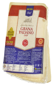 Horeca Select Grana Padano Italienischer halbfetter Hartkäse, 1 Stück á ca. 1 kg, 32 % Fett ca. 1 kg Stücke