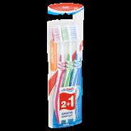 Aquafresh Clean & flex hard Tandenborstel 2+1 gratis