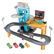 Disney Pixar Cars 3 Motorised garage
