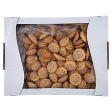 Aro Piastowskie Ciastka z kremem orzechowym udekorowane kawałkami orzechów ziemnych 2 kg