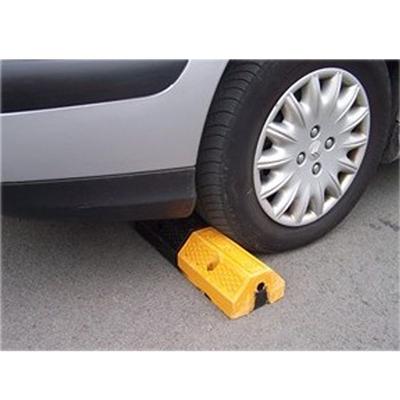 Bordure de séparation parking Handinorme