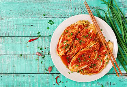Le kimchi : spécialité coréenne de légumes fermentés