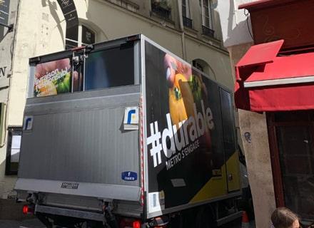 Le service de livraison du gros matériel CHR de METRO
