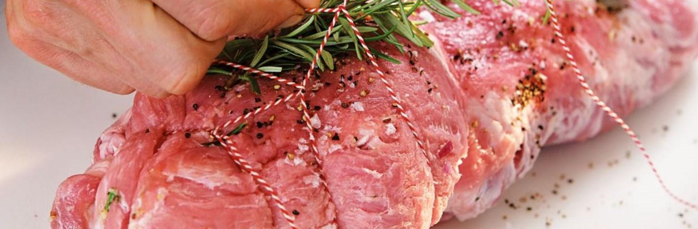 Muschi de porc la pret accesibil - rulada din carne de porc