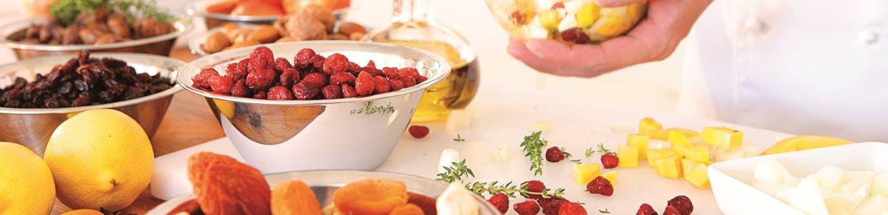 Fructe uscate folosite in retete de copturi - rachitele, stafide, caise uscate