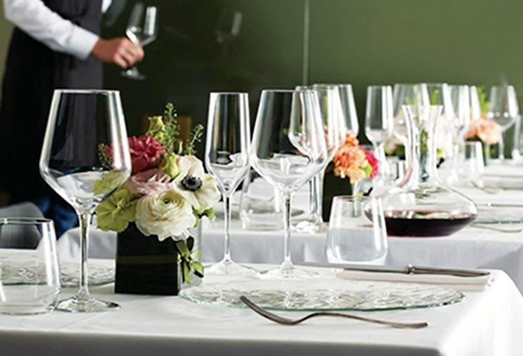 Kitchenware and tableware