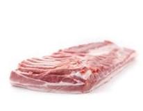 Bravčový bok b. k. s kožou zmäsilosť 75% chlad. váž. cca 3 kg VB